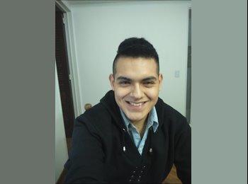 Nicolás  - 22