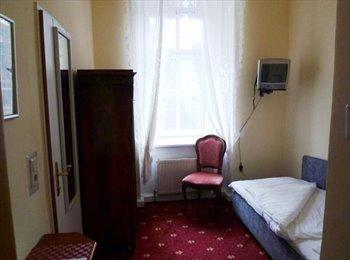 EasyWG AT - Charmante Zimmer in zentraler Lage - Salzburg, Salzburg - 450 € pm