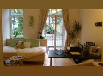 EasyWG AT - WG Zimmer mit Balkon - Innenstadt, Graz - 255 € pm
