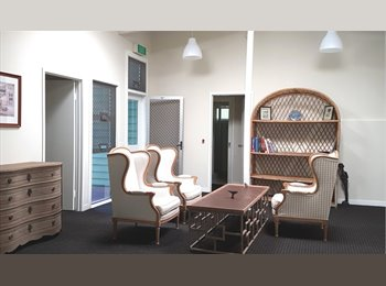 EasyRoommate AU - $130 per week Room in Paddington, QLD - Paddington, Brisbane - $130 pw