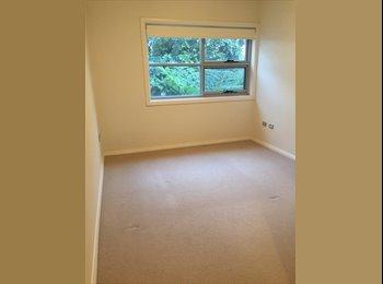 EasyRoommate AU - Modern large Master room w/ ensuite - North Shore - Turramurra, Sydney - $280 pw