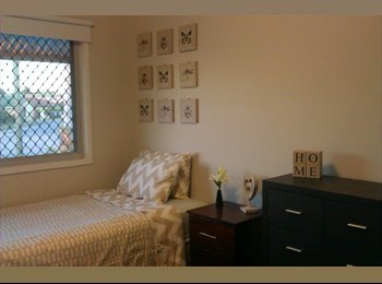 Close to JCU and 50m to Transport & Major Shopping