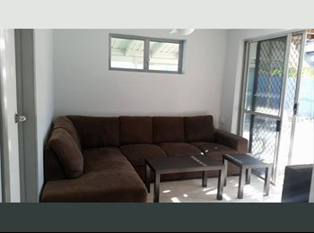 Room to rent with POOL + FREE UTILITIES & WIFI