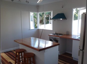 A Furnished Room For Rent in Aitkenvale