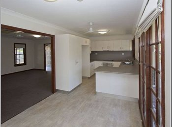 Room for Rent - just minutes to JCU/Hospital