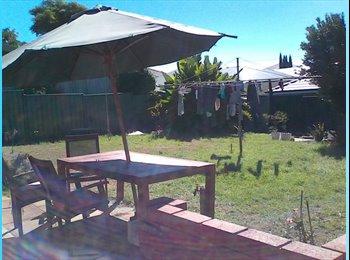 EasyRoommate AU - $150 huge room in Morley/ Embelton - Embleton, Perth - $150 pw