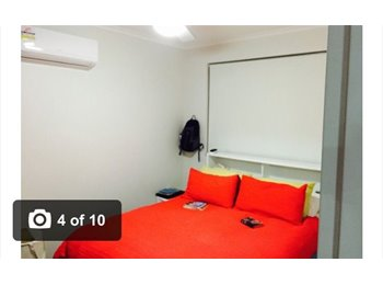 EasyRoommate AU - Appartment  - West End, Brisbane - $360 pw