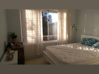 EasyRoommate AU - large double room 100m from beach with parking - Collaroy Beach, Sydney - $300 pw