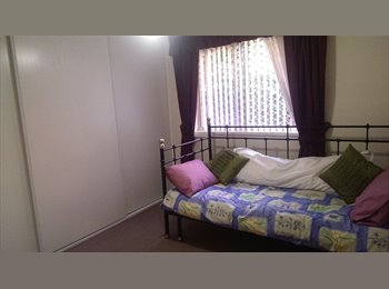 EasyRoommate AU - Room in South Wentworthville available - South Wentworthville, Sydney - $200 pw