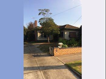 EasyRoommate AU - Rooms for rent - Hamlyn Heights, Geelong - $135 pw