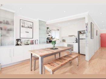 EasyRoommate AU - Beautiful Bondi Apartment with Ocean Views - Bondi, Sydney - $325 pw