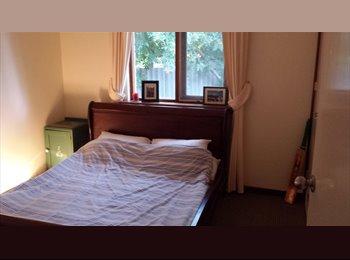 EasyRoommate AU - Beautiful house in Duncraig - Duncraig, Perth - $200 pw