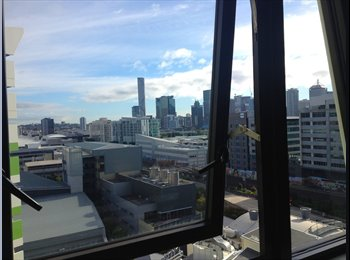 EasyRoommate AU - AWESOME URBANEST PAD - South Brisbane, Brisbane - $291 pw