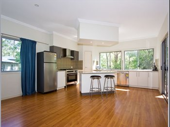 EasyRoommate AU - BEAUTIFUL HOME FOREST LAKE ALL BILLS INCLUDED - Forest Lake, Brisbane - $225 pw