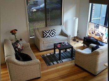 EasyRoommate AU - Share Townhouse in Brunswick - Brunswick, Melbourne - $220 pw
