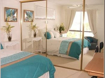 EasyRoommate AU - LOVELY WATERVIEW ROOM PARADISE PT/HOPE IS AREA - Hope Island, Gold Coast - $140 pw