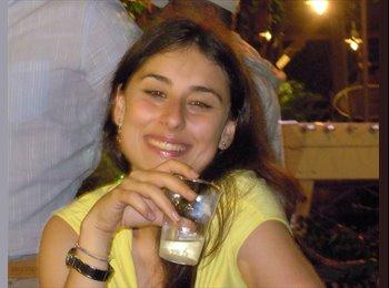 Francesca - 29 - Professional