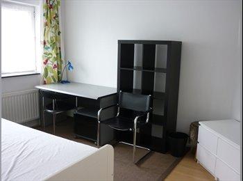 Appartager BE - chambre dans maison de 4 - métro Stockel - UCL - Woluwe Saint Pierre - Sint Pieters Woluwe, Bruxelles-Brussel - 450 € / Mois