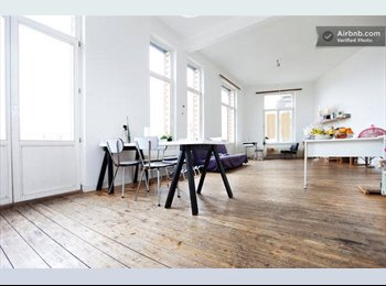 Appartager BE - Arty room in central Brussels JULY-AUGUST - le Pentagone (centre ville), Bruxelles-Brussel - 500 € / Mois