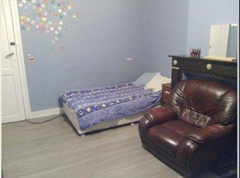 Appartager BE - cozy room available IMMEDIATELY - Schaerbeek Schaarbeek, Bruxelles-Brussel - 500 € / Mois