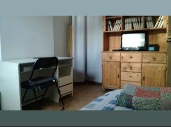 Appartager BE - Pour personne stagiaire,étudiant sérieux - Charleroi, Charleroi - 350 € / Mois