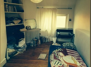 Appartager BE - Looking for guy in a cosy appartment in St Gilles - Saint Gilles Sint Gillis, Bruxelles-Brussel - 375 € / Mois