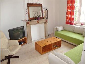 Appartager BE - maison ent.rénovée à proximité ULB-VUB - Ixelles-Elsene, Bruxelles-Brussel - 450 € / Mois