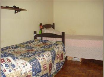 EasyQuarto BR - Vaga pra moça. Disponível de IMEDIATO!! - São Cristovão, Rio de Janeiro (Capital) - R$ 530 Por mês