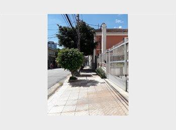 EasyQuarto BR - QUARTS E VAGAS P MOÇAS TREM LAPA METRO BF 348,00 R - Lapa, São Paulo capital - R$ 348 Por mês