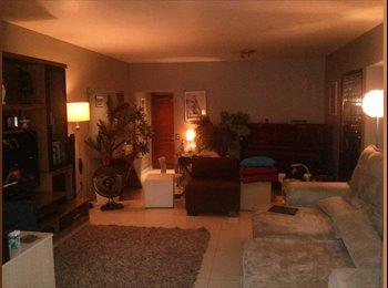 EasyQuarto BR - Quarto em lindo apartamento mobiliado na Gávea - Gávea, Rio de Janeiro (Capital) - R$ 2.200 Por mês