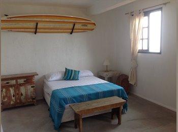 Alugo quartos  e suítes na parte baixa do Vidigal