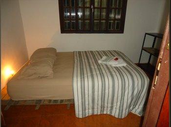 EasyQuarto BR - Alugo suites por temporada ou fixo - Costa Azul, Macaé-Rio das Ostras - R$ 700 Por mês