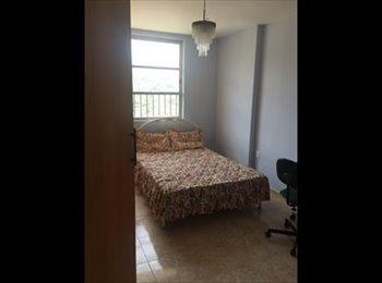 EasyQuarto BR - Suite ou Quarto Individua em Cobertura com piscina - Icaraí, Niterói - R$ 1.000 Por mês