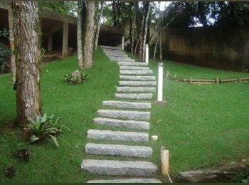 EasyQuarto BR - Casa em Condomínio - Nova Lima, Grande BH - R$ 1.100 Por mês