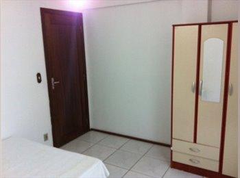 EasyQuarto BR - Apartamento para dividir (3) - Blumenau, Vale do Itajaí - Blumenau - R$ 490 Por mês