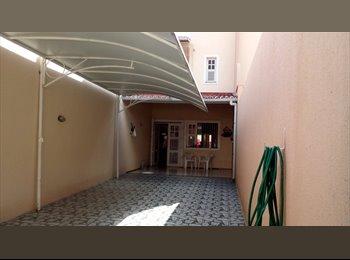 EasyQuarto BR - quarto para alugar - Papicu, Fortaleza - R$ 600 Por mês