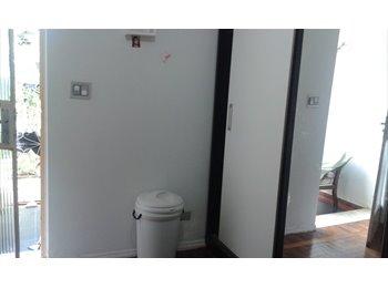 EasyQuarto BR - Dona de casa - Asa Sul, Brasília - R$ 800 Por mês