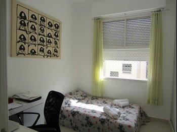 EasyQuarto BR - Quarto e banheiro privados - Copacabana, Rio de Janeiro (Capital) - R$ 1.600 Por mês