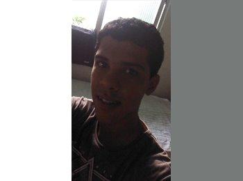 Vinicius - 27 - Estudante