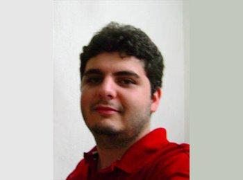 EasyQuarto BR - Rodrigo - 25 - Porto Alegre