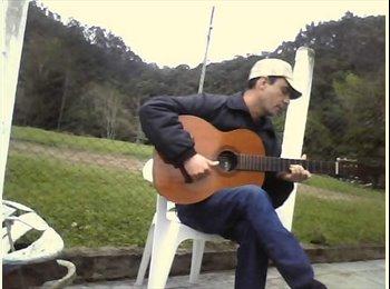 EasyQuarto BR - Guilherme  - 45 - Florianópolis