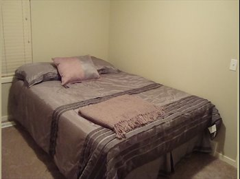 Townhouse condo - 1 furnished bedroom available to rent