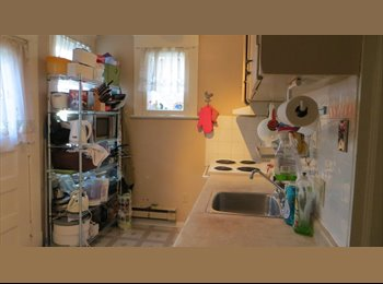 EasyRoommate CA - Bedroom in a 1st Floor Apartment - Greektown, Toronto - $625 pcm
