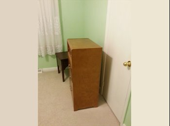 Close to kennedy subway 2 min, 2nd location warden
