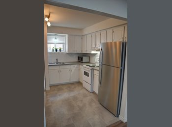 EasyRoommate CA - Downtown 2bdrm w/ Parking, Laundry & Backyard! - London, South West Ontario - $1,180 pcm