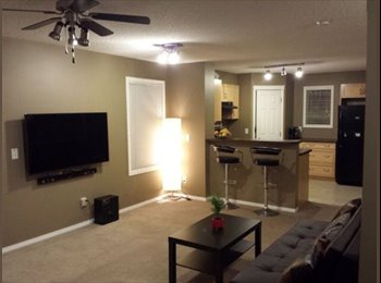 EasyRoommate CA - One room is available for one female - Calgary, Calgary - $500 pcm