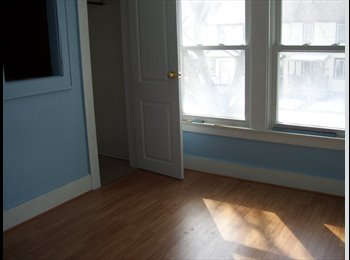 EasyRoommate CA - 1 Bedroom Available for University/College Student - Windsor, South West Ontario - $270 pcm