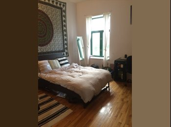 EasyRoommate CA - Beautiful, spacious, furnished room near McGill - Le Plateau-Mont-Royal, Montréal - $600 pcm