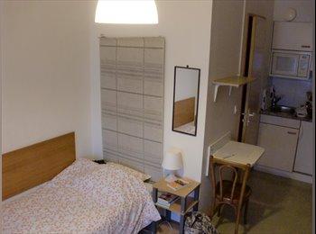 EasyWG CH - Studio meublé de 18m2 à Genève - Paquis - Nation, Genève / Genf - 850 CHF / Mois
