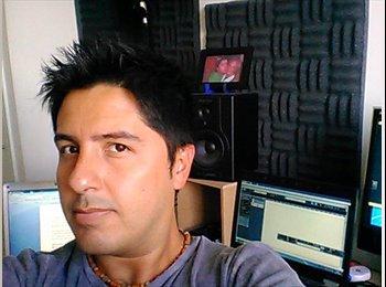 Felipe  - 36 - Profesional